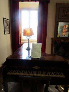 Castello di Duino: the piano played from Franz Liszt