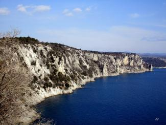 Duino, the rock wall