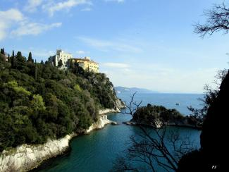The Duino Castle and the Dante's Rock
